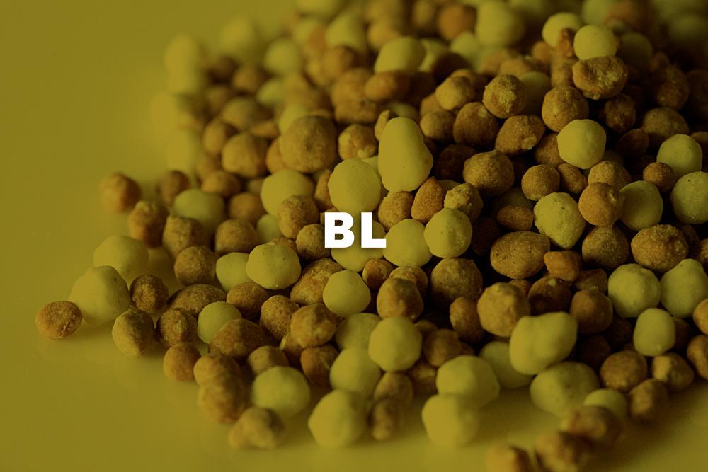 - Los Blending son mezclas físicas de distintas materias primas, sin reacción química y que contienen dos o tres nutrientes principales en su composición.